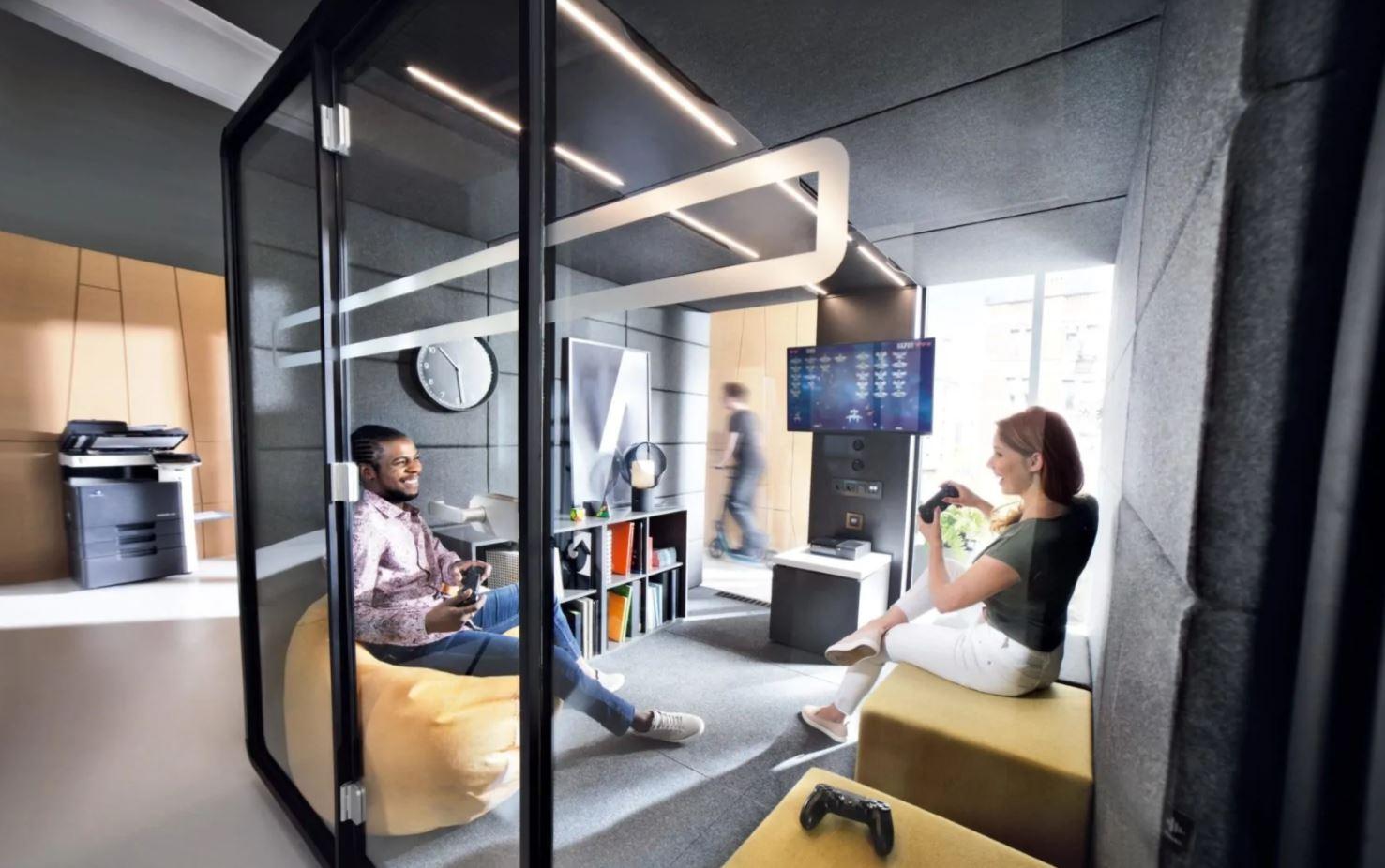 Ergonomic acoustic lounge